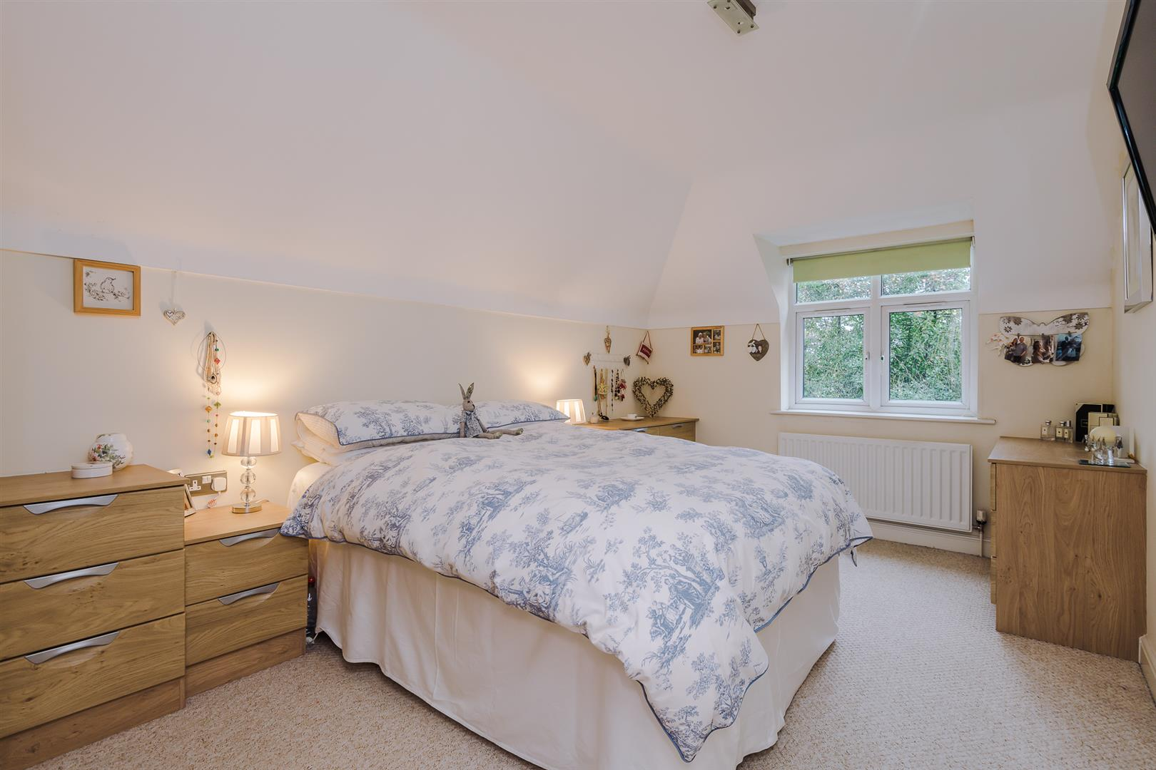 2 Bedroom Apartment Sale Agreed Image 8